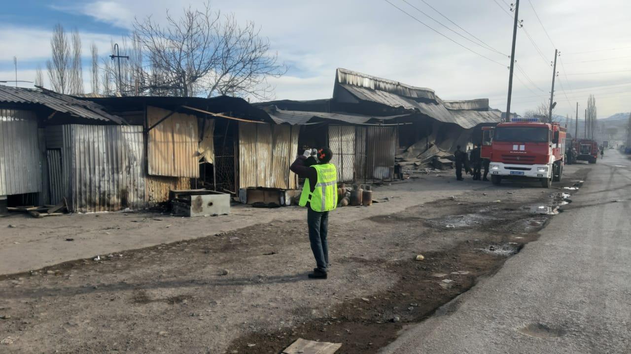 Пять бригад казахстанских медиков выехали в Кыргызстан для транспортировки пострадавших на родину – Минздрав