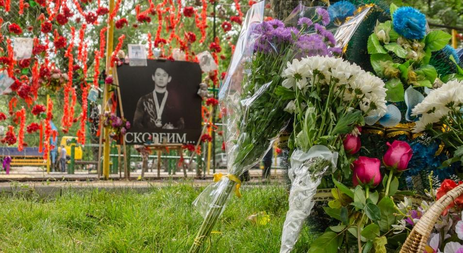 Мемориал Денису Тену откроют до конца июня