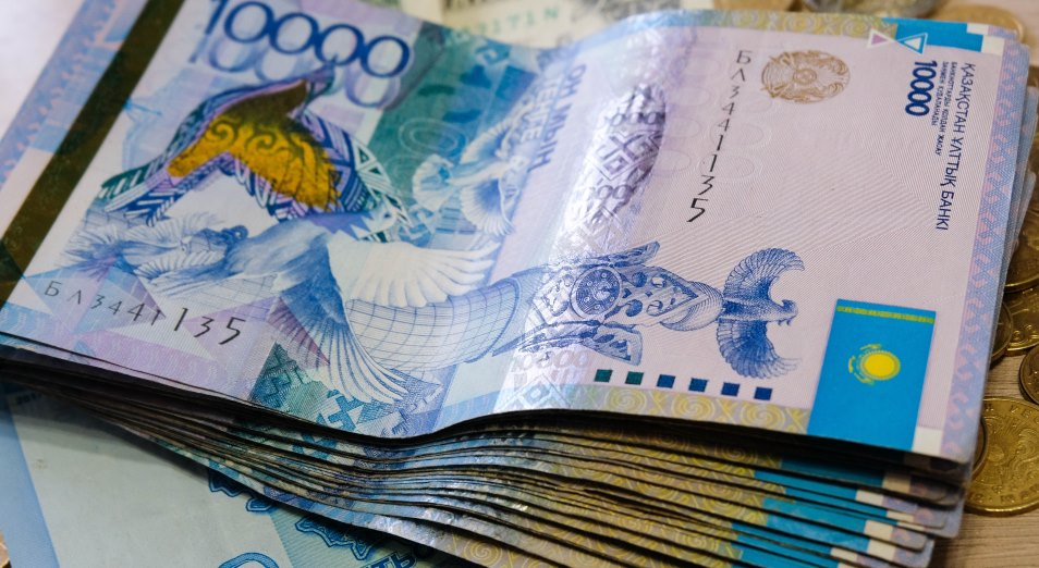 Почему наличный расчет все еще популярен в Казахстане?