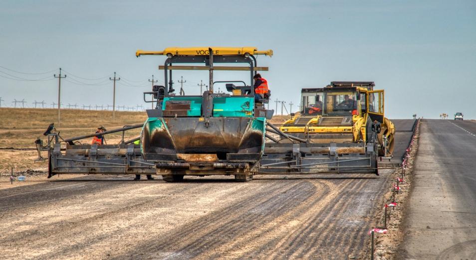 В Семее председатель комиссии маслихата выиграл тендер на строительство дорог