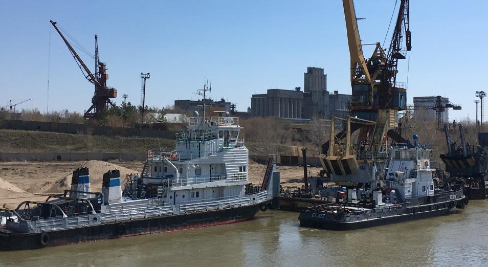 Иртыш работает на 30%, Иртыш , водный транспорт, ЕАЭС  , Павлодарский речной порт, баржи, речпорт