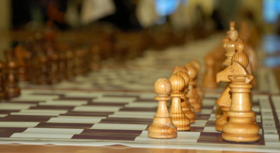 ЧМ-2019 по шахматам: казахстанкам помог победить Сапиев