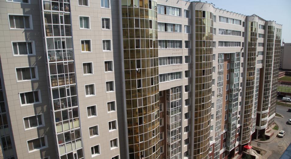 Насколько жилье в Алматы и Нур-Султане дороже среднего показателя по стране?