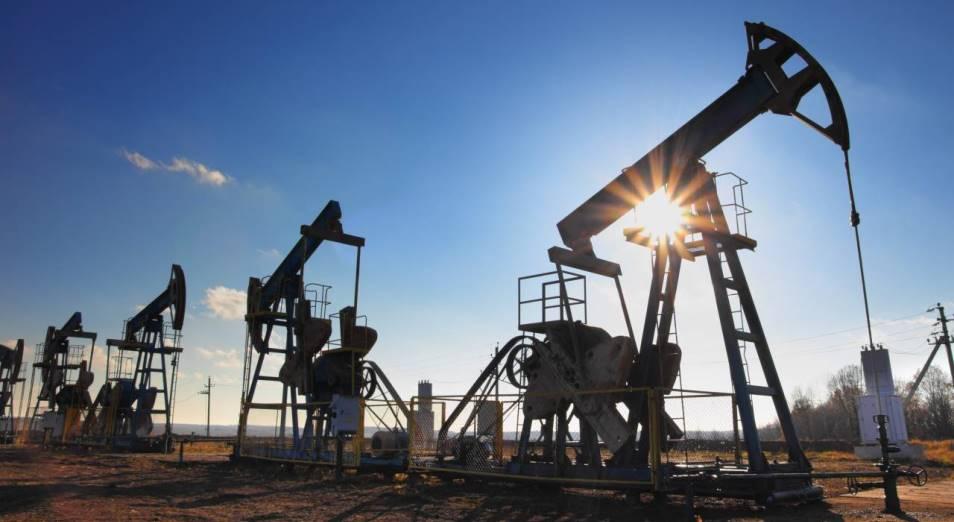 Дешевеющая из-за коронавируса нефть давит на тенге
