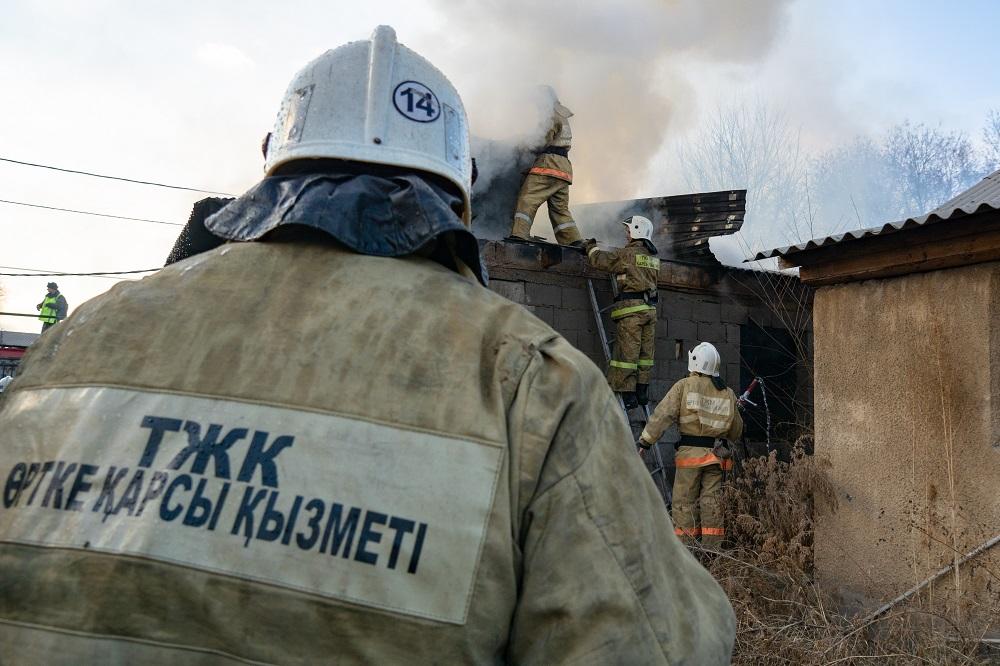 Количество пожаров в жилом секторе Алматы снизилось на 6%