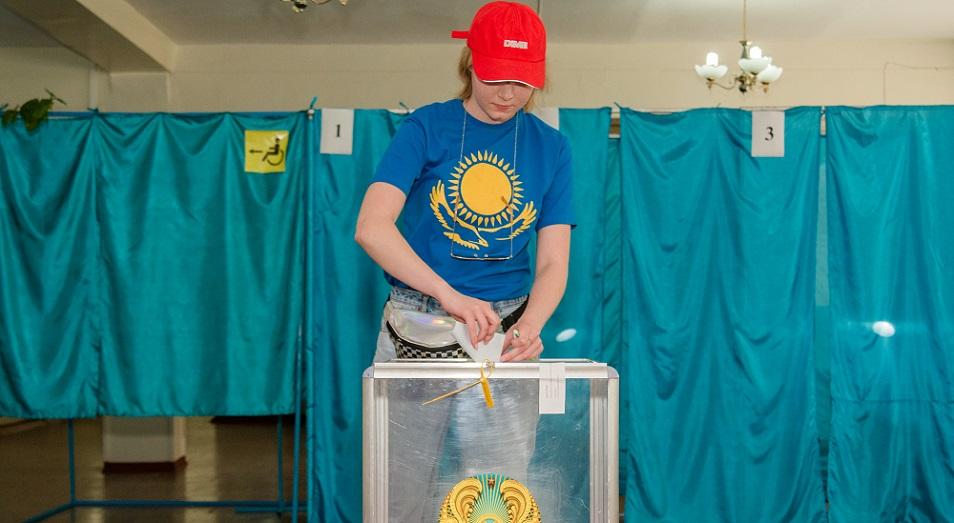 В Алматы проходят внеочередные выборы Президента