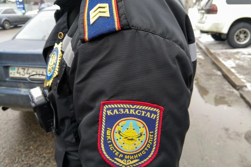 Полицейские подозреваются в коррупционных преступлениях в Алматинской области