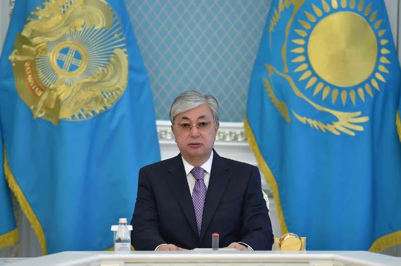 Казахстан и Узбекистан договорились взаимодействовать на высшем уровне в борьбе с коронавирусом