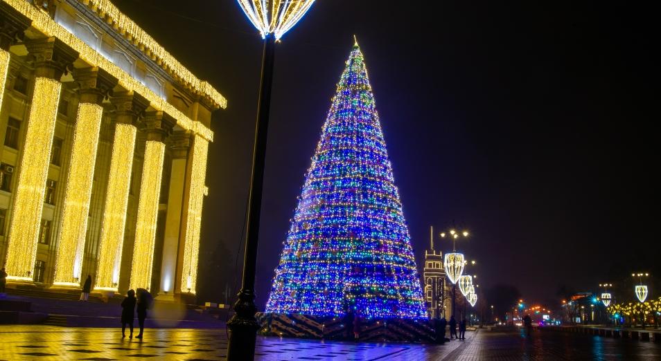 Новогоднее украшение Алматы стало намного «скромнее»