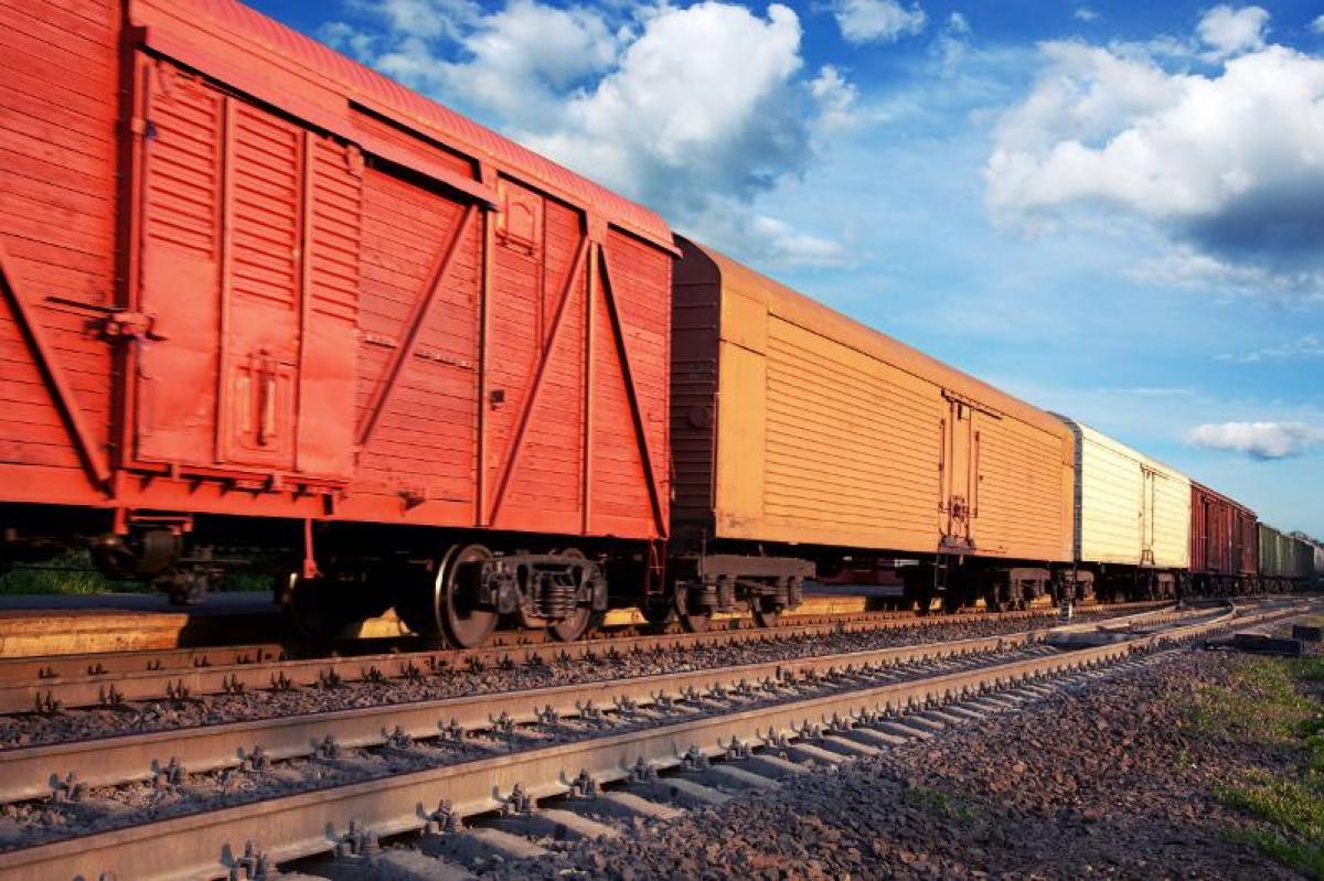 Как открыть путь к инвестициям в отрасль грузовых ж/д перевозок